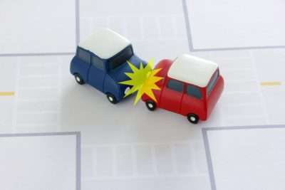 交通事故衝突